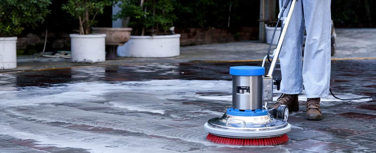 añ++F-ºó-¦++T¦-floor-scrubber