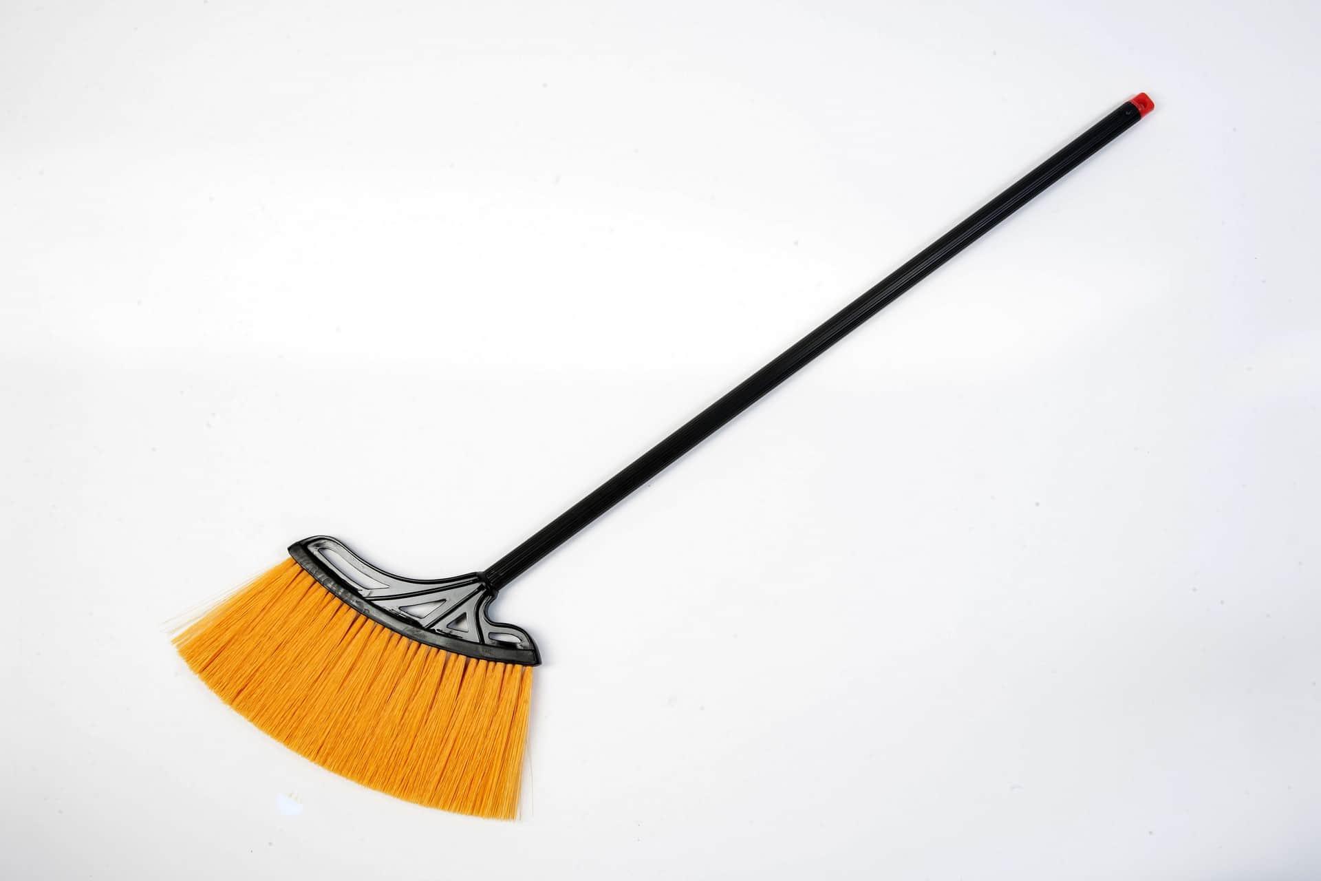 Champion Professional Champion Broom Soft Nylon Black